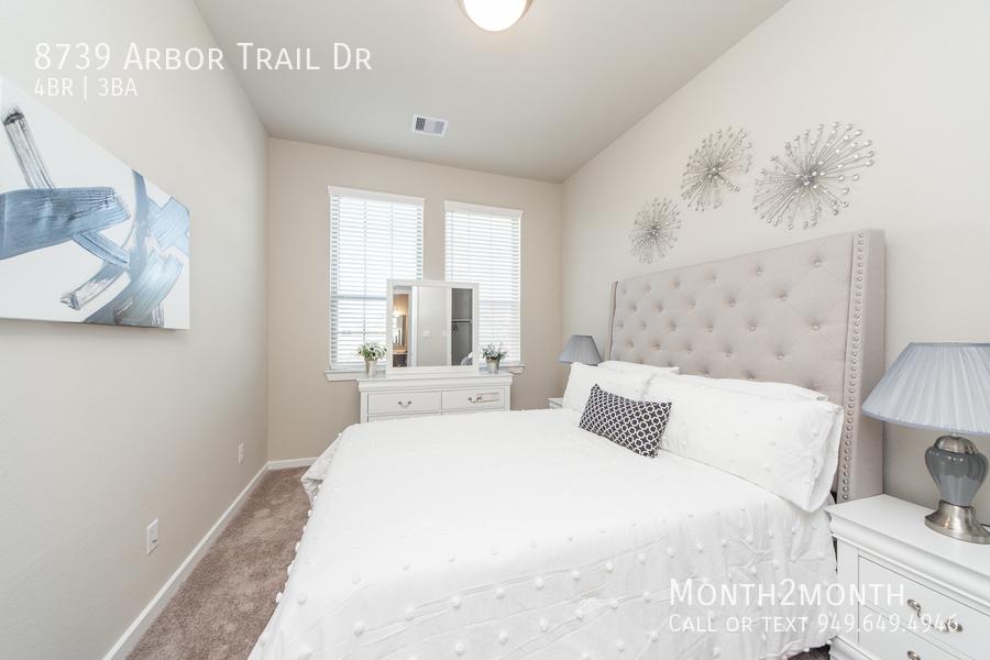 8739 arbor trail 18