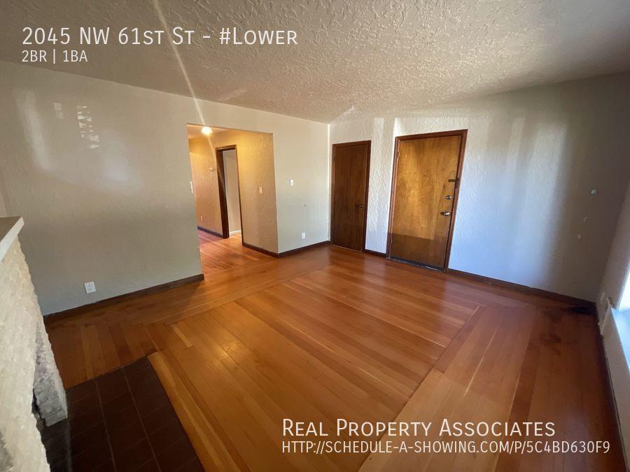 2045 NW 61st St, #Lower, Seattle WA 98107 - Photo 2
