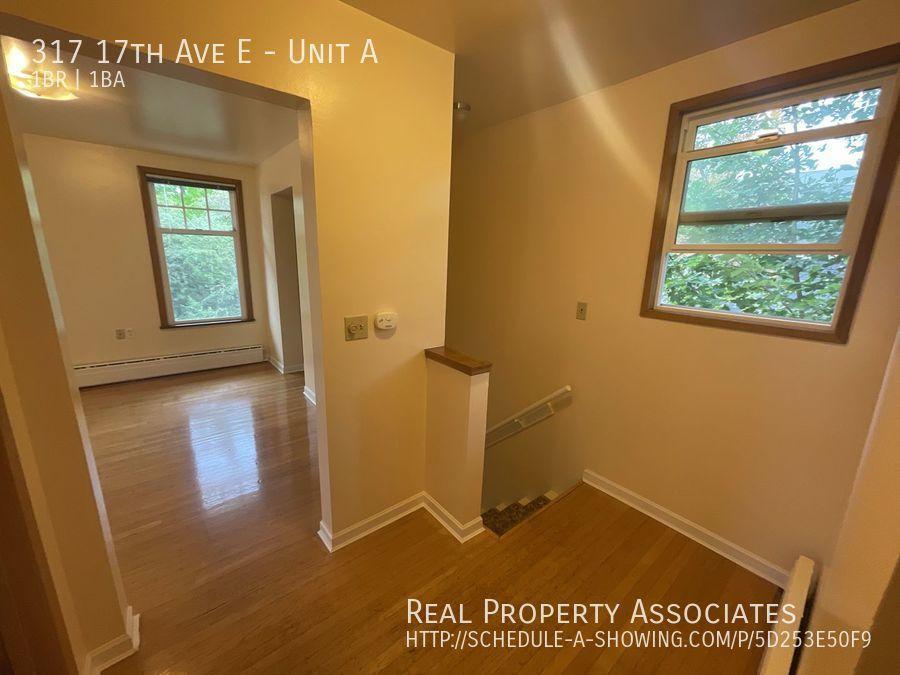 317 17th Ave E, Unit A, Seattle WA 98112 - Photo 2