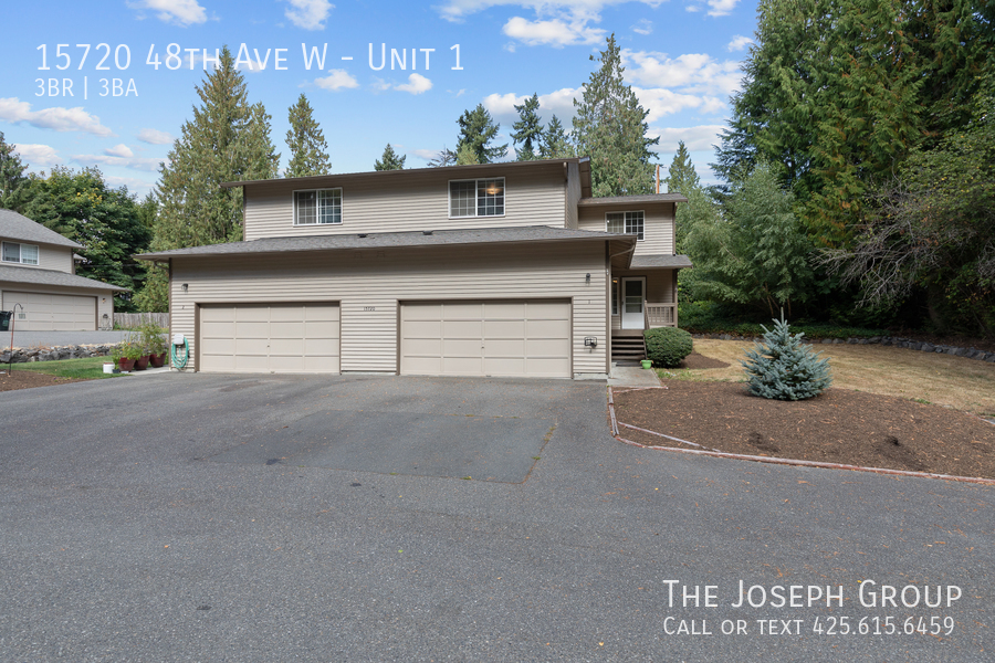 Open and bright 3 bed/2.5 bath in Edmonds! - Photo 1