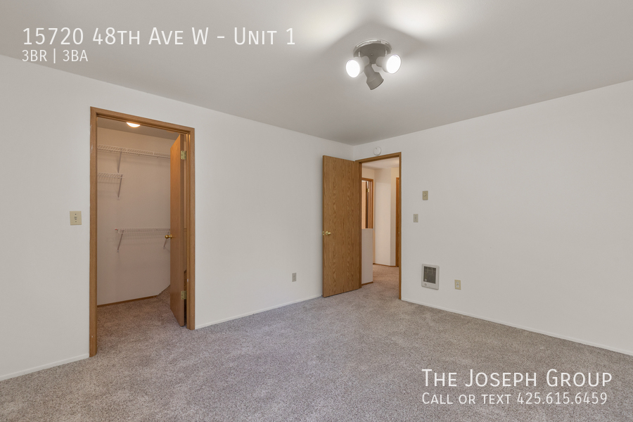 Open and bright 3 bed/2.5 bath in Edmonds! - Photo 27
