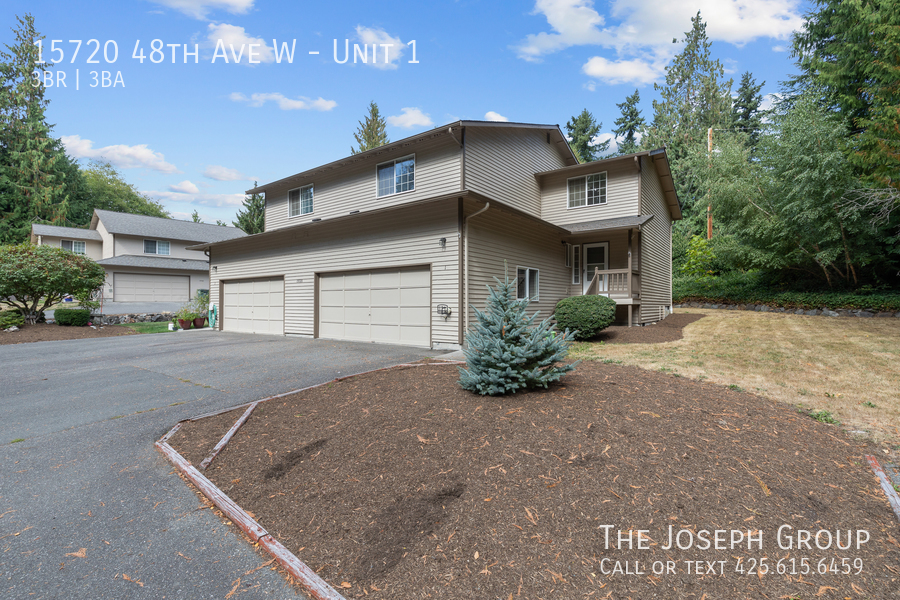 Open and bright 3 bed/2.5 bath in Edmonds! - Photo 37