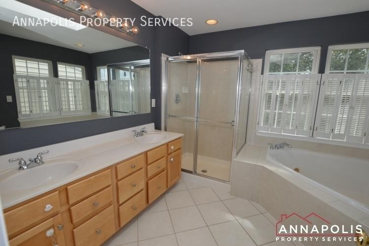 909 arkblack terrace id1205 master bathroom a