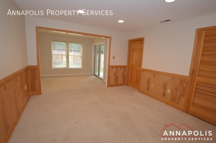 909 arkblack terrace id1205 family room and bedroom 3c