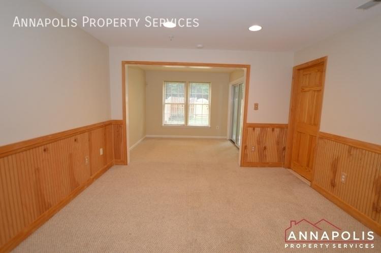 909 arkblack terrace id1205 family room and bedroom 3b