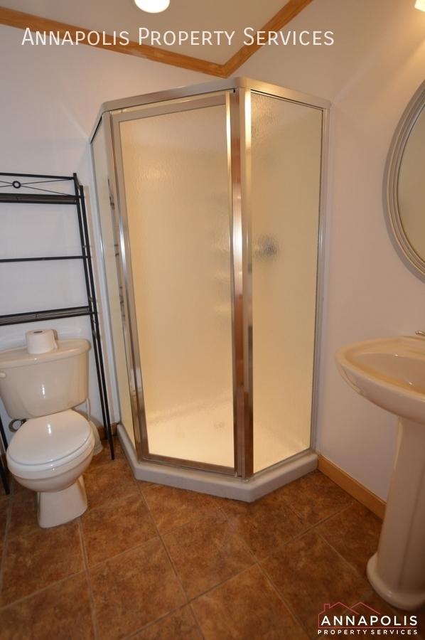909 arkblack terrace id1205 lower bathroom %281%29