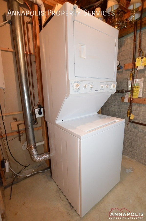 909 arkblack terrace id1205 washer and drier