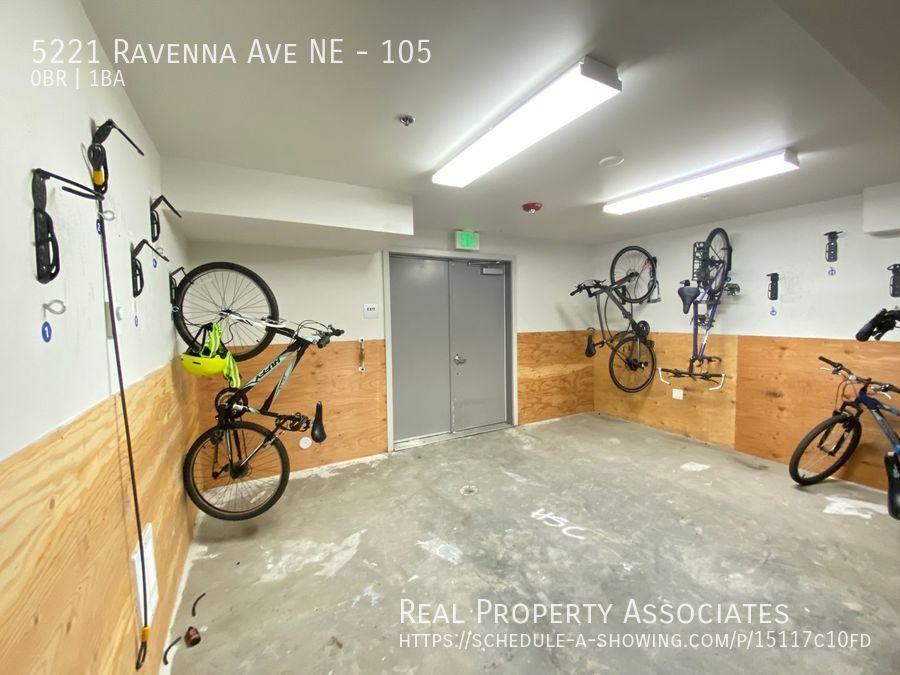 5221 Ravenna Ave NE, 105, Seattle WA 98105 - Photo 6