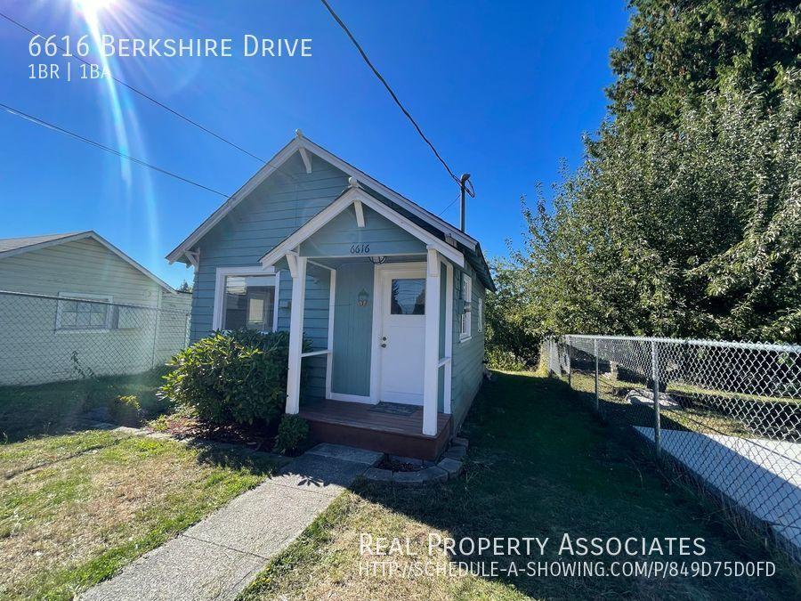 6616 Berkshire Drive, Everett WA 98203 Photo