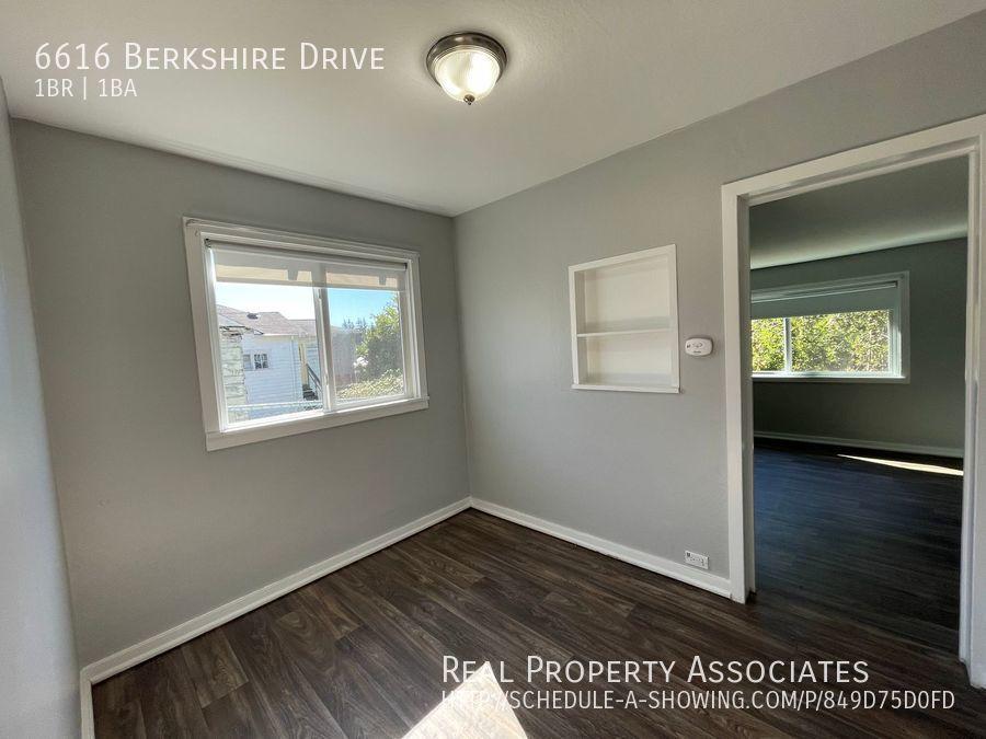 6616 Berkshire Drive, Everett WA 98203 - Photo 6