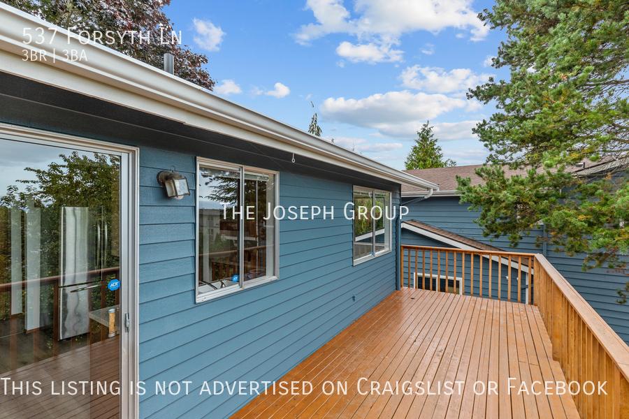 Beautiful 3 Bedroom, 3 bath home in Edmonds!  - Photo 44