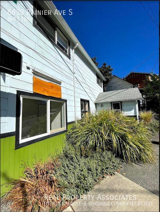 6630 Rainier Ave S, Seattle WA 98118 - Photo 18