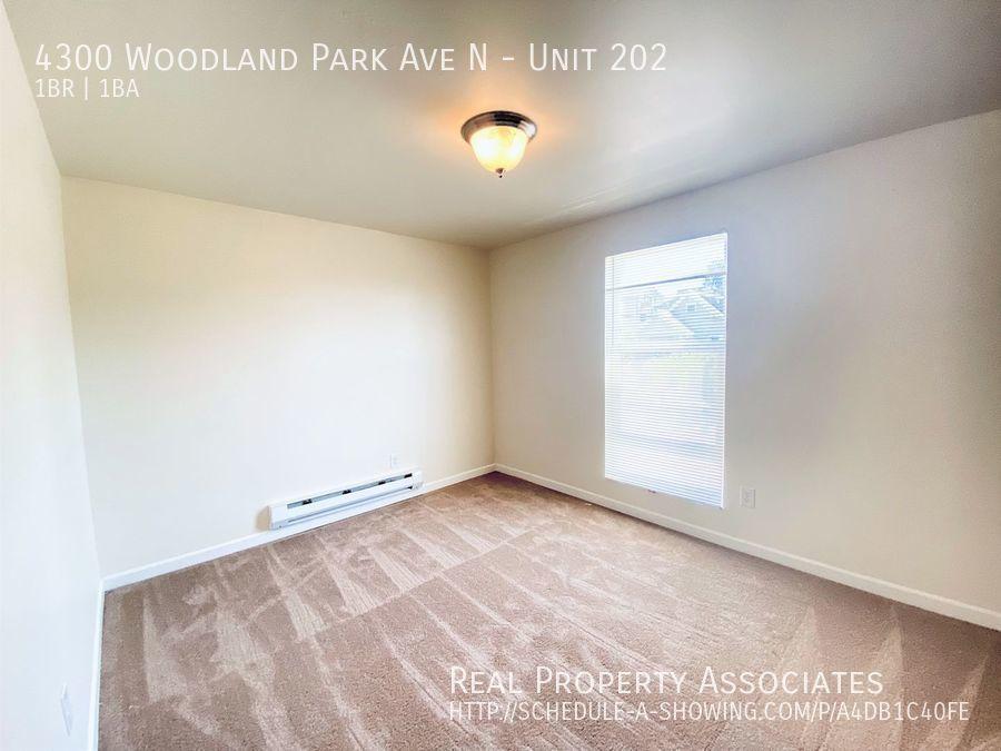 4300 Woodland Park Ave N, Unit 202, Seattle WA 98103 - Photo 10