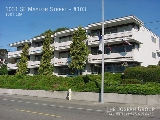 (K585) 1 Bedroom Apartment with Water View in Downtown Oak Harbor! - Photo 1