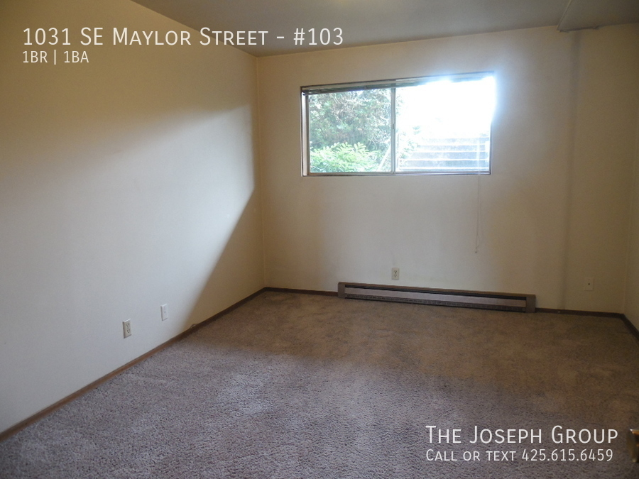 (K585) 1 Bedroom Apartment with Water View in Downtown Oak Harbor! - Photo 13