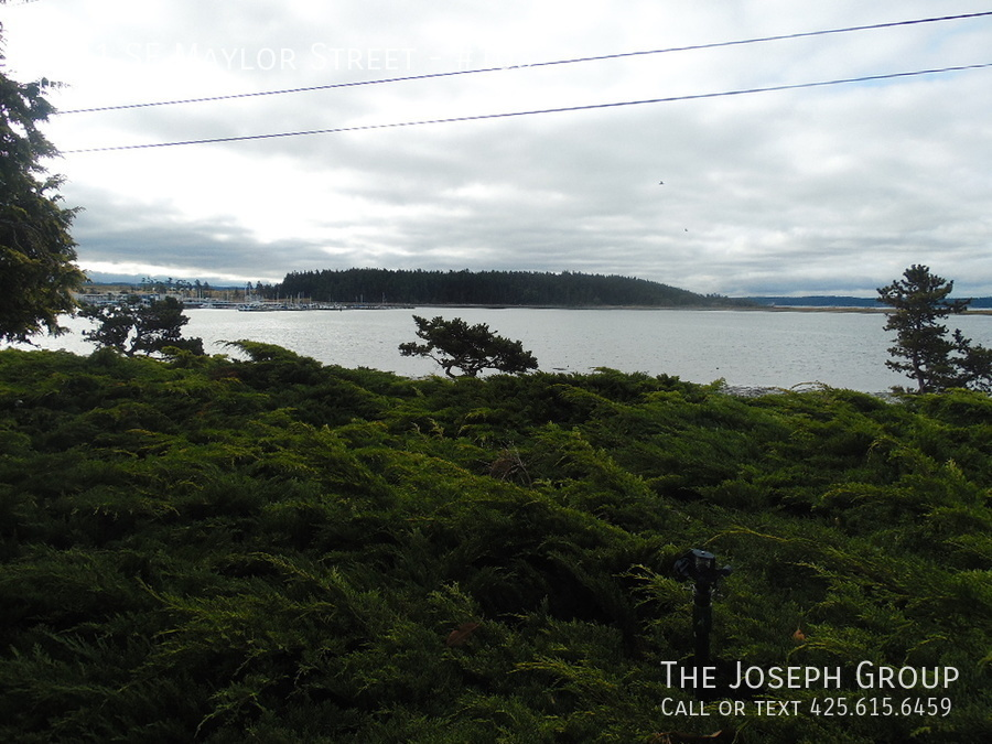 (K585) 1 Bedroom Apartment with Water View in Downtown Oak Harbor! - Photo 17