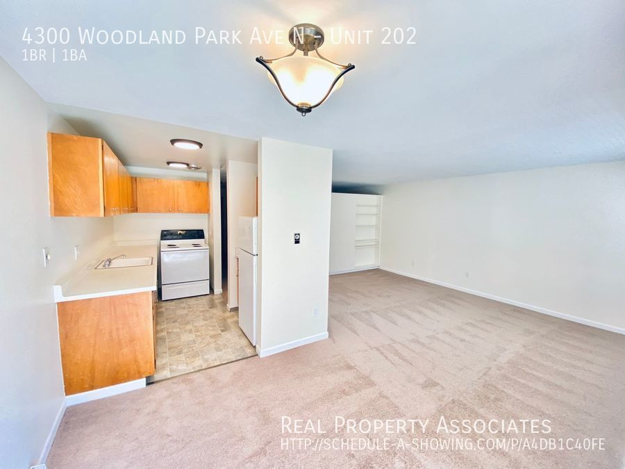 4300 Woodland Park Ave N, Unit 202, Seattle WA 98103 - Photo 5