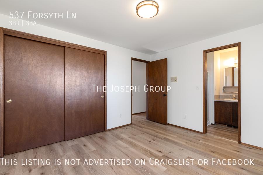 Beautiful 3 Bedroom, 3 bath home in Edmonds!  - Photo 18
