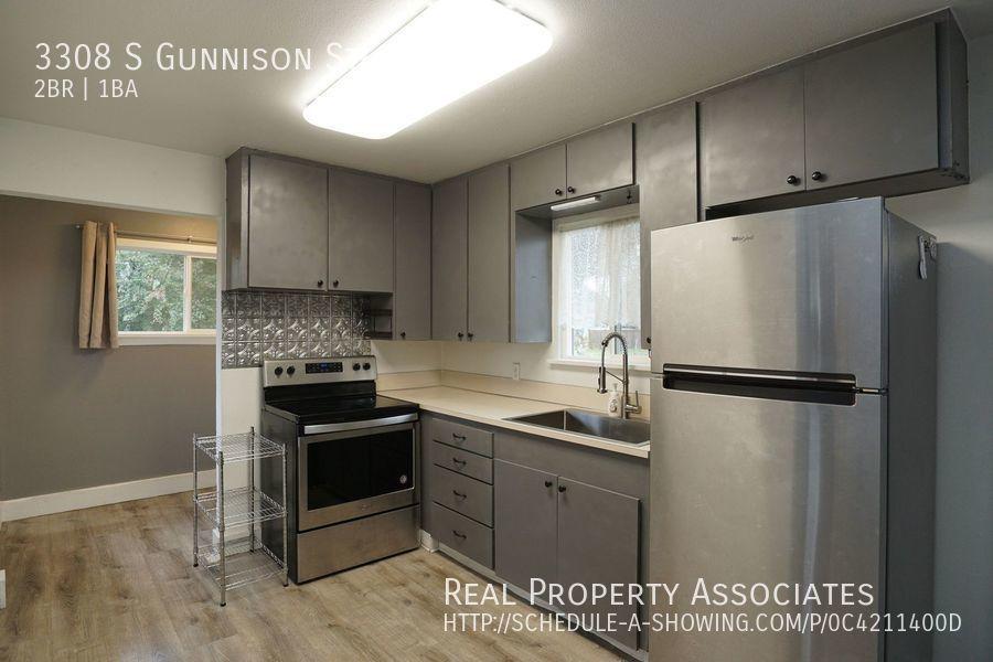 3308 S Gunnison St, Tacoma WA 98409 - Photo 2
