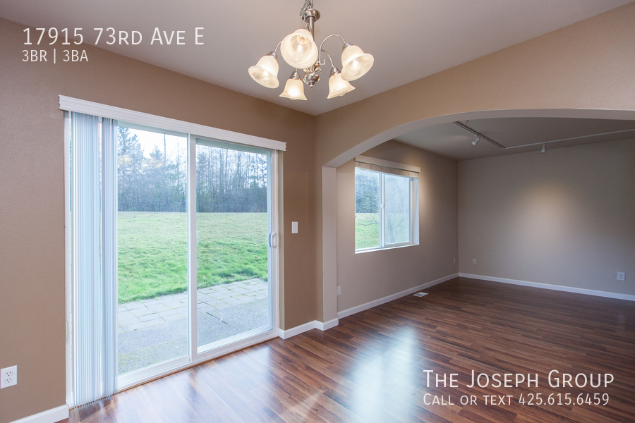 Beautiful 3/bd 2.5ba Puyallup home is move-in ready! - Photo 8