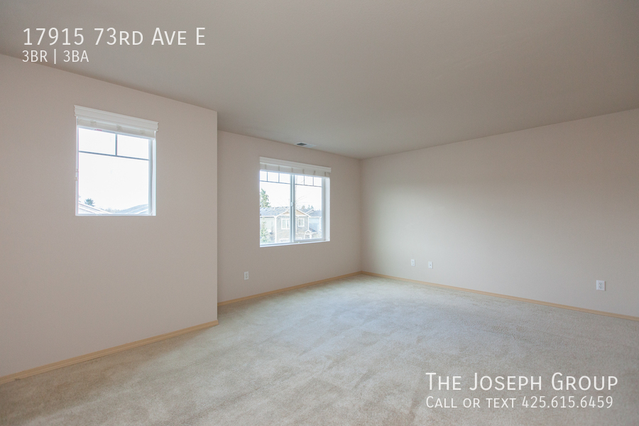 Beautiful 3/bd 2.5ba Puyallup home is move-in ready! - Photo 14