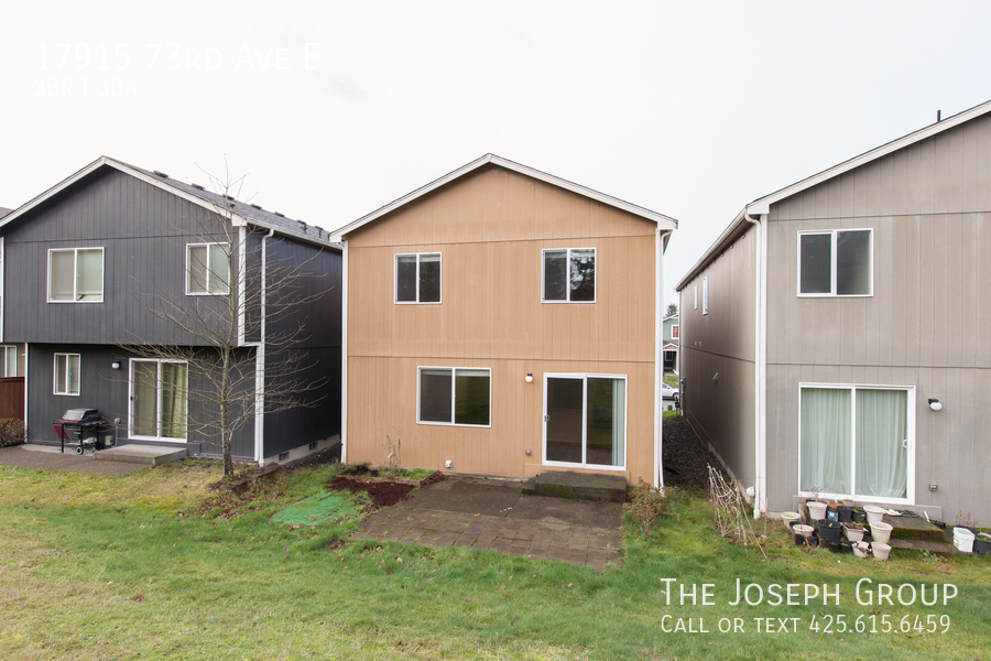 Beautiful 3/bd 2.5ba Puyallup home is move-in ready! - Photo 25
