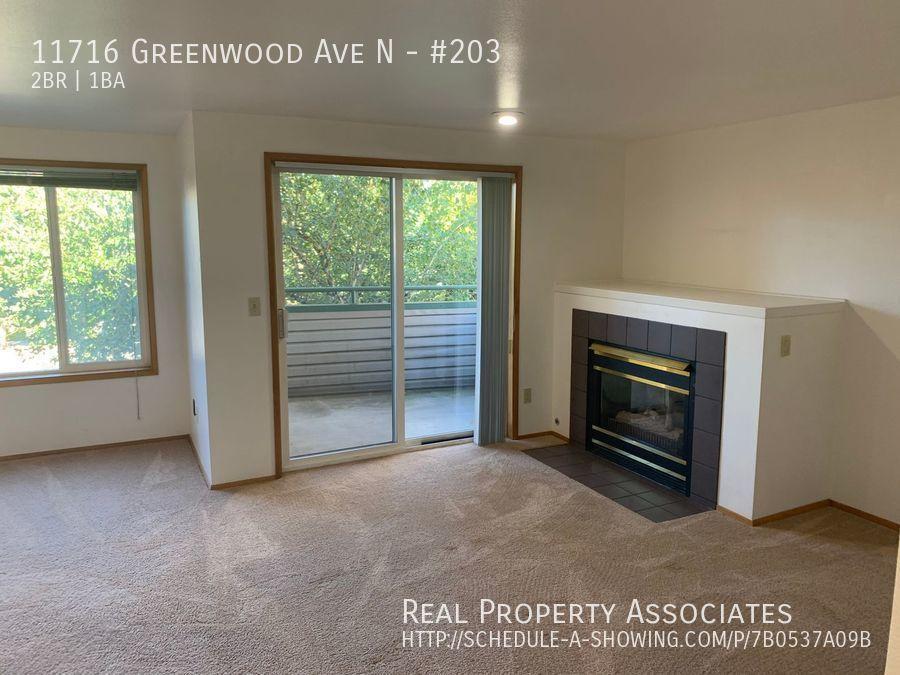 11716 Greenwood Ave N, #203, Seattle WA 98133 - Photo 2