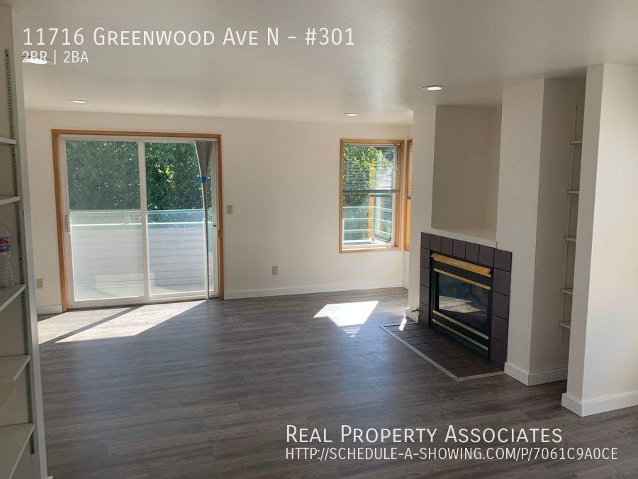 11716 Greenwood Ave N, #301, Seattle WA 98133 - Photo 2