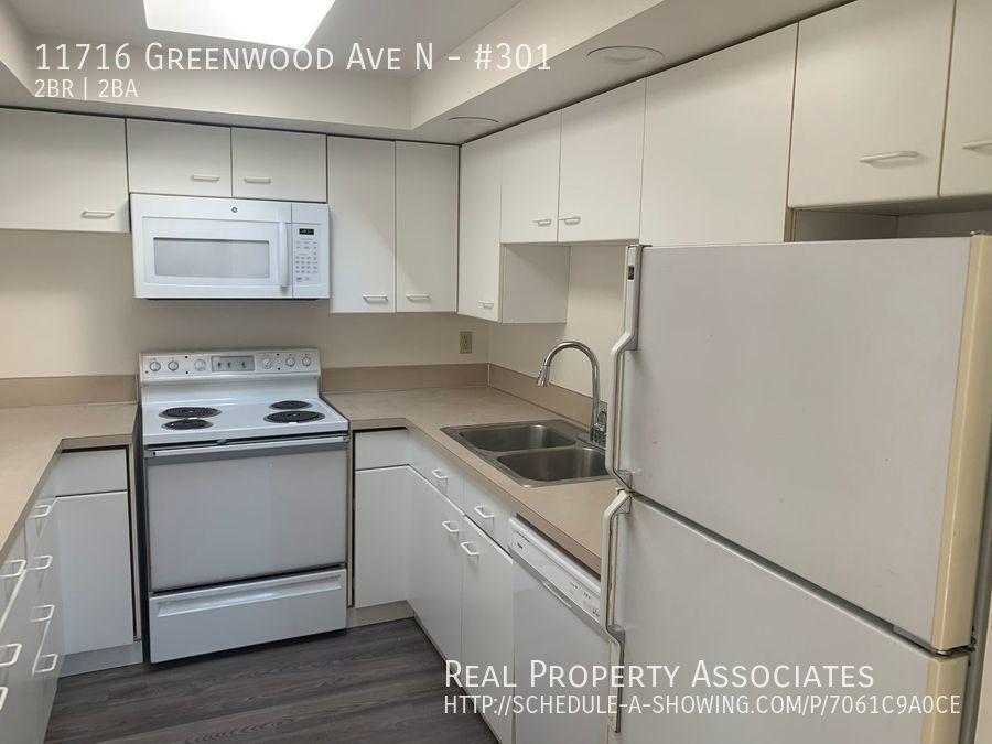 11716 Greenwood Ave N, #301, Seattle WA 98133 - Photo 7
