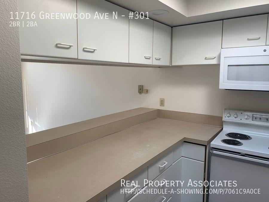 11716 Greenwood Ave N, #301, Seattle WA 98133 - Photo 8