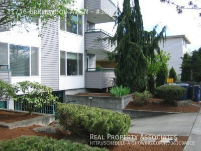 11716 Greenwood Ave N, #301, Seattle WA 98133 - Photo 12