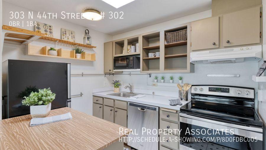 303 N 44th Street, # 302, Seattle WA 98107 - Photo 8