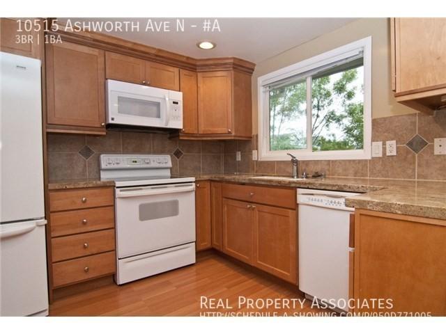 10515 Ashworth Ave N, #A, Seattle WA 98133 - Photo 7