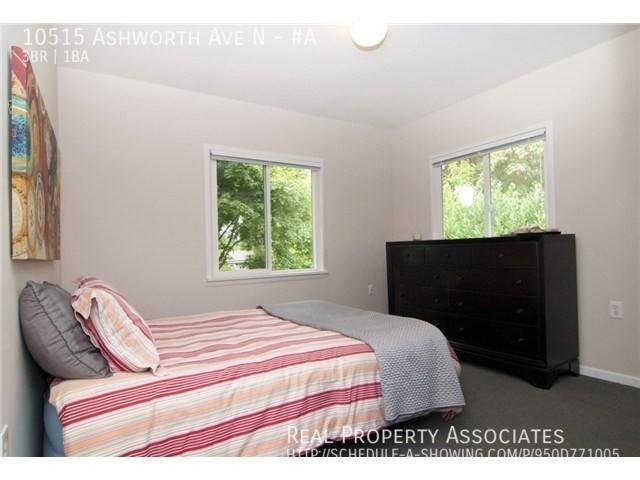 10515 Ashworth Ave N, #A, Seattle WA 98133 - Photo 8