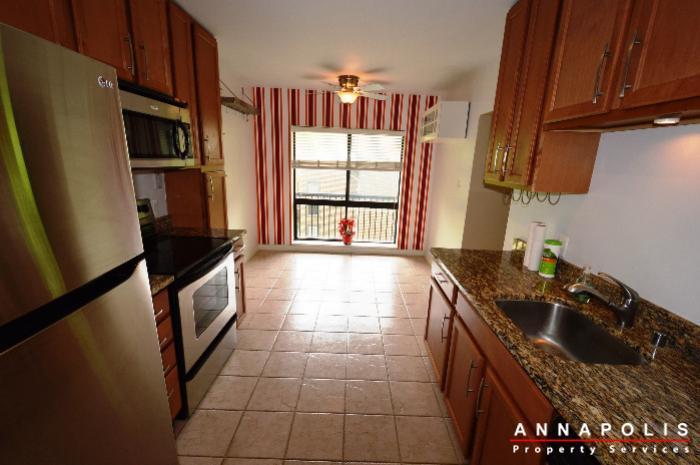 300k-hilltop-lane-id708-kitchen-an