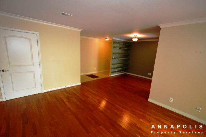 300k-hilltop-lane-id708-living-and-dining-bn