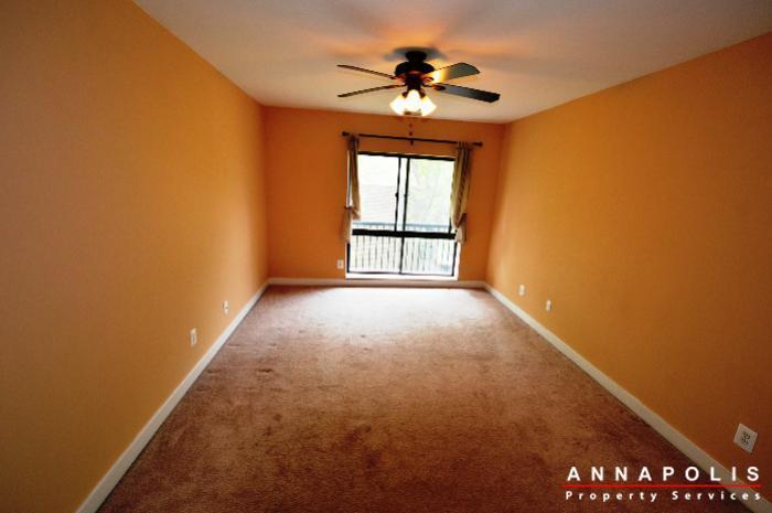 300k-hilltop-lane-id708-master-bed-an