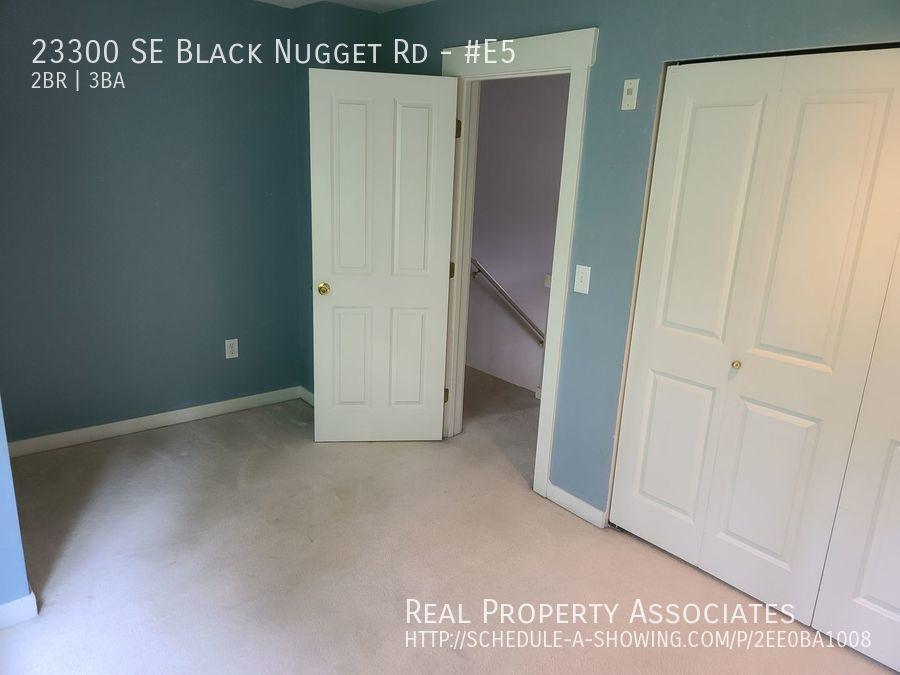 23300 SE Black Nugget Rd, #E5, Issaquah WA 98029 - Photo 6