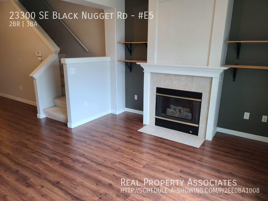 23300 SE Black Nugget Rd, #E5, Issaquah WA 98029 - Photo 8