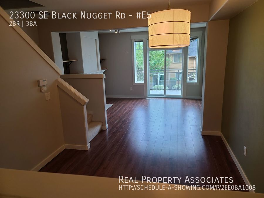 23300 SE Black Nugget Rd, #E5, Issaquah WA 98029 - Photo 10