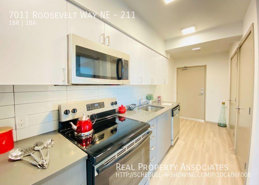 7011 Roosevelt Way NE, 211, Seattle WA 98115 Photo