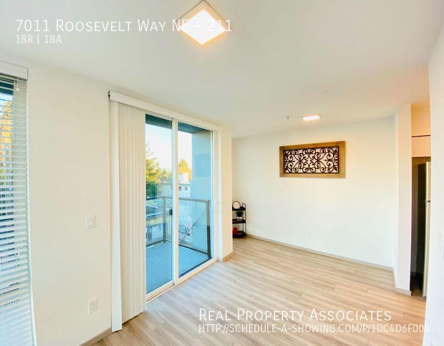 7011 Roosevelt Way NE, 211, Seattle WA 98115 - Photo 4