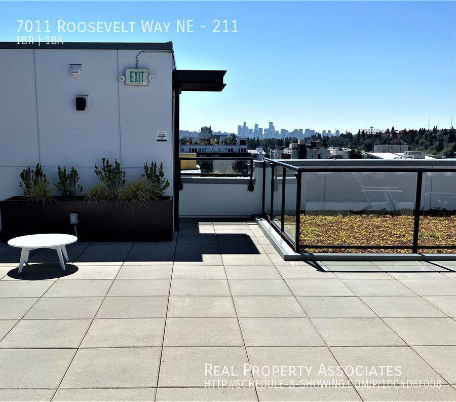 7011 Roosevelt Way NE, 211, Seattle WA 98115 - Photo 10