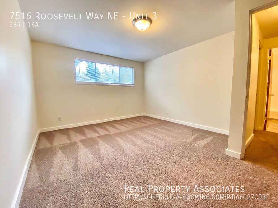 7516 Roosevelt Way NE, Unit 3,  WA 98115 Photo