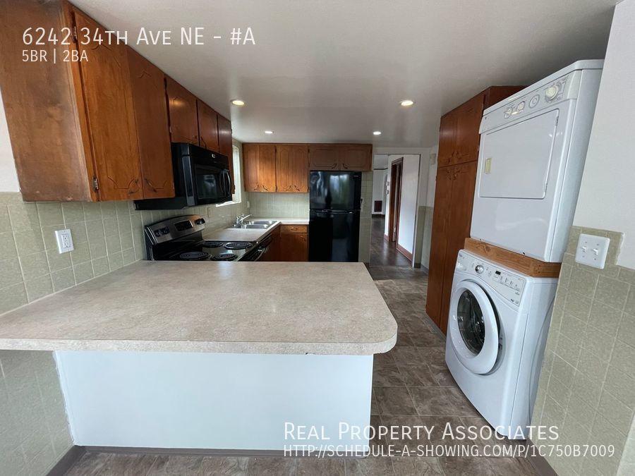 6242 34th Ave NE, #A, Seattle WA 98115 - Photo 3