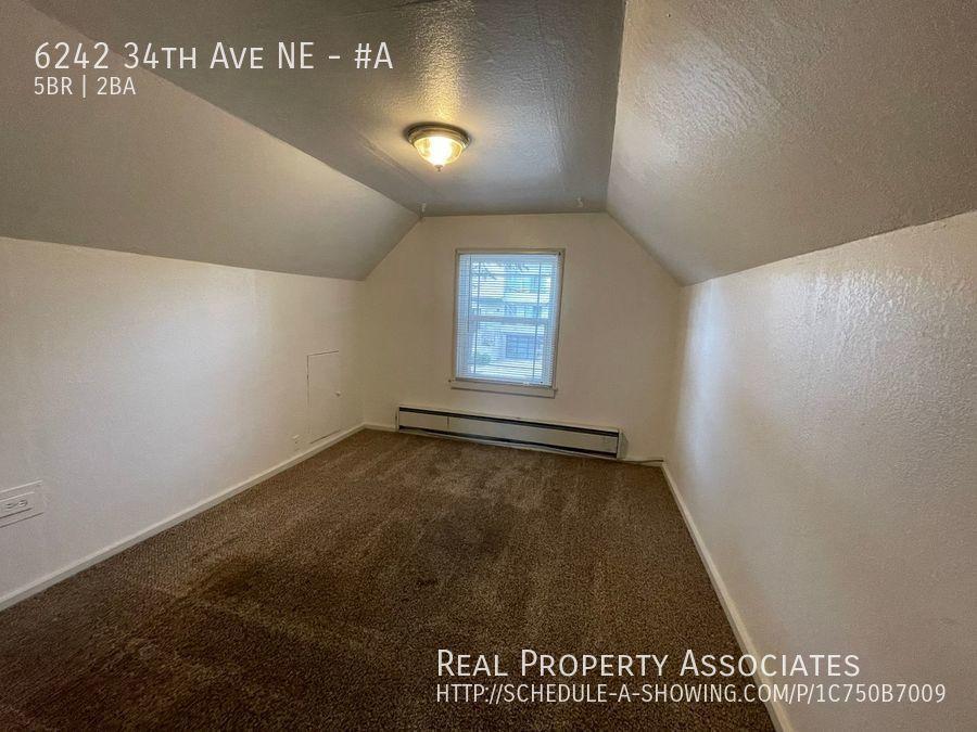 6242 34th Ave NE, #A, Seattle WA 98115 - Photo 13