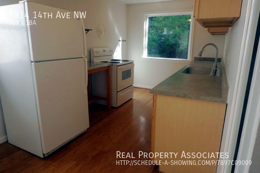 8514 14th Ave NW, Seattle WA 98117 - Photo 2