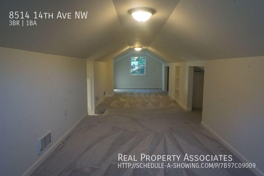 8514 14th Ave NW, Seattle WA 98117 - Photo 13