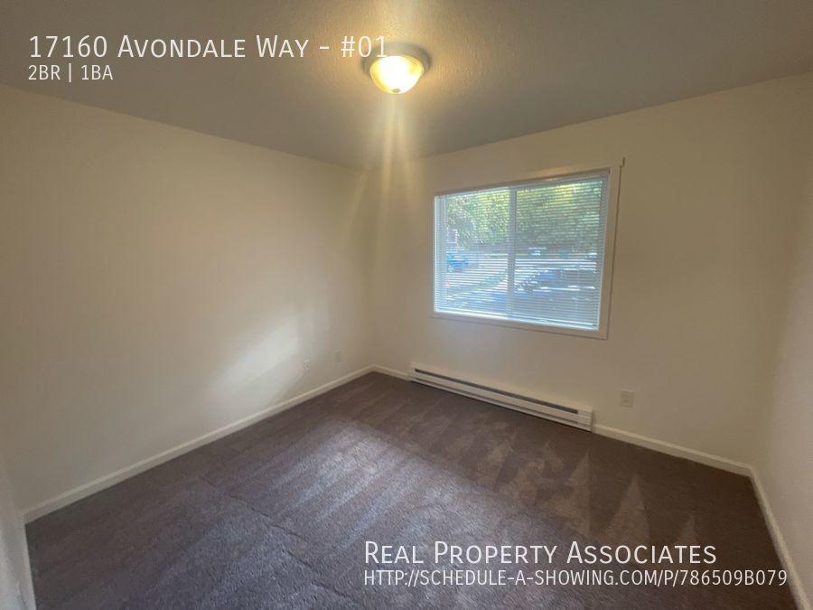 17160 Avondale Way, #01, Redmond WA 98052 - Photo 9
