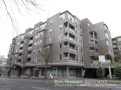 4343 Roosevelt Way NE, #509, Seattle WA 98115 Photo